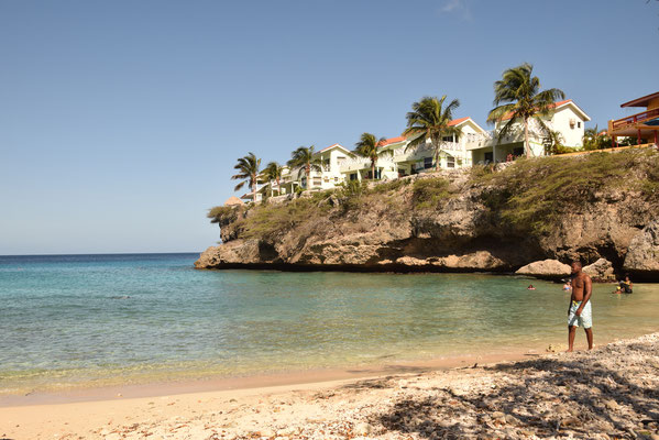 50. Playa Lagun