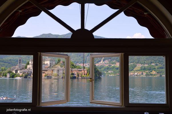 99. Prachtig uitzicht over het Lago d'Orta