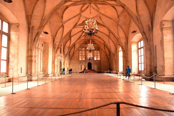 58.In het koninklijk paleis