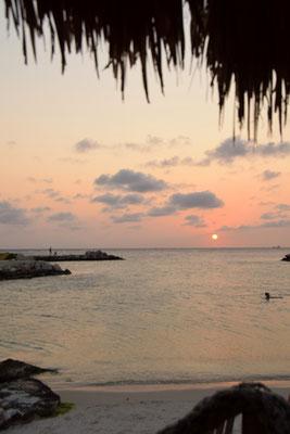 2. Mambo beach