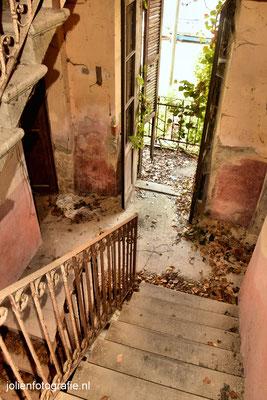 114.Casa abandonata (verlaten huis)