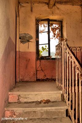 118.Casa abandonata (verlaten huis)