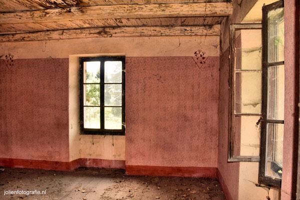 116.Casa abandonata (verlaten huis)