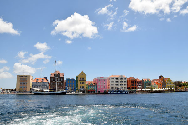 77. Willemstad