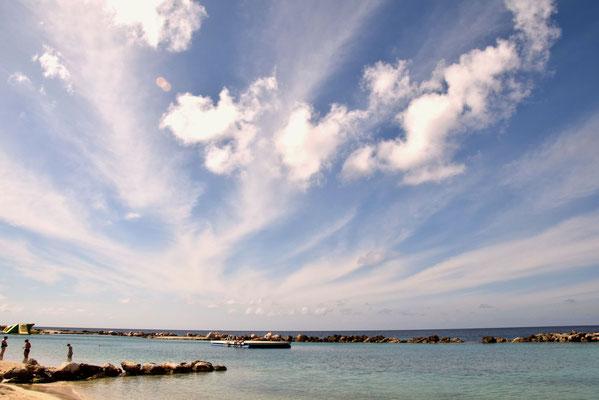 75. Mambo beach