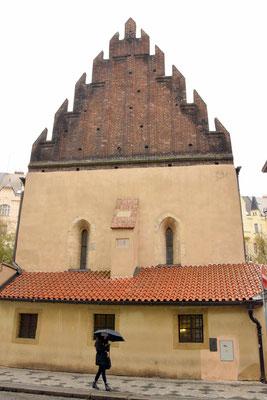 10.Altneu synagoge