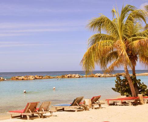 74. Mambo beach