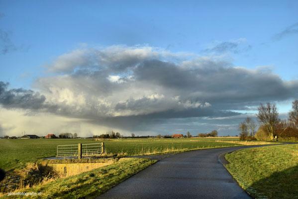 189.Friesland, tussen Sneek en Bolsward