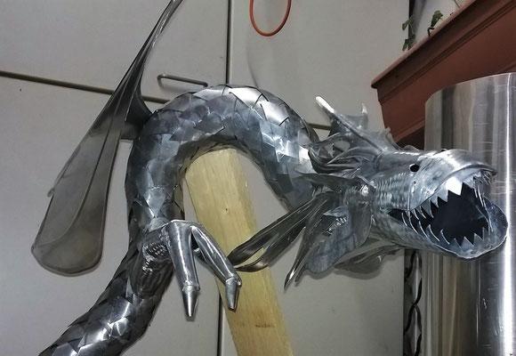 mit einem Flügel, Gartendeko Metall