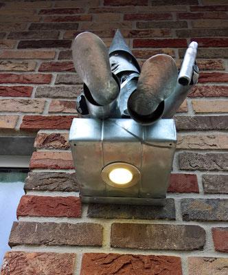 Hauseingangsbeleuchtung aus Zink - Dekoidee Haus Garten Gartendekoration, Deko, Garten, Metall, Zink, Zinkkunst, Kunst aus Zink, Kupfer, Kupferkunst, Kunst aus Kupfer, Messing, Kunst aus Blech, Blechkunst