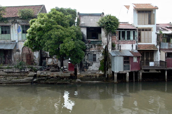 MELAKKA, MALAYSIA - 2002