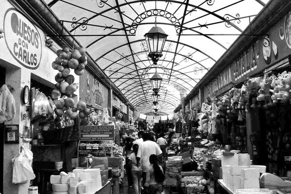 TIJUANA, MEXICO - 2004