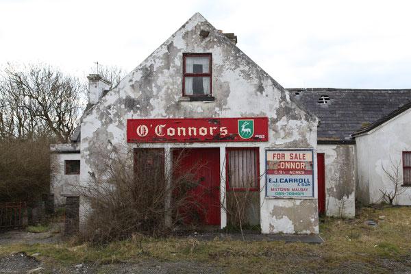 DUNBEK, IRELAND - 2012