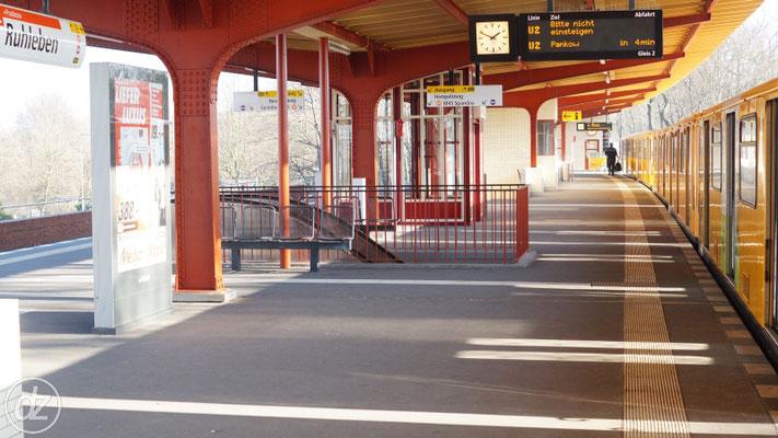 U-Bahnhof Ruhleben - Endstation der U2 im Westen