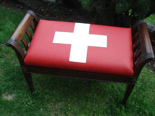 Patriotischer Hocker in Leder