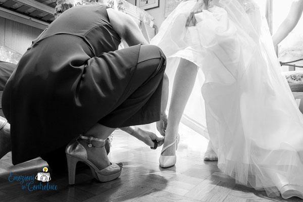 Luigi e Costanza: la vestizione della sposa