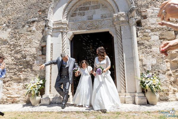 Lancio del riso sugli sposi a Santa Maria Extra Moenia