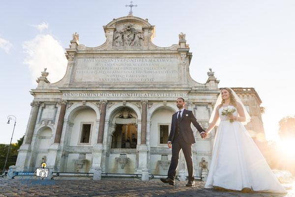 Le fotografie dopo il matrimonio: fontana dell'Acqua Paola al Gianicolo, Roma