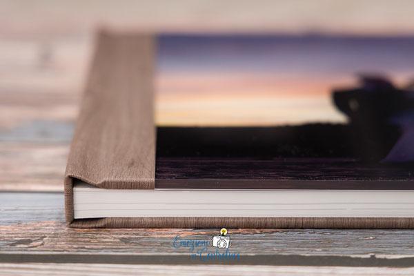 Album del matrimonio: la superficie della copertina con la fotografia