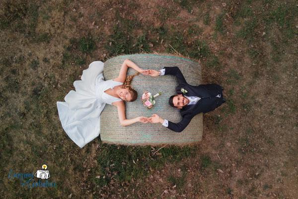 fotografie per gli sposi nel giardino di Casali Margherita a Roma