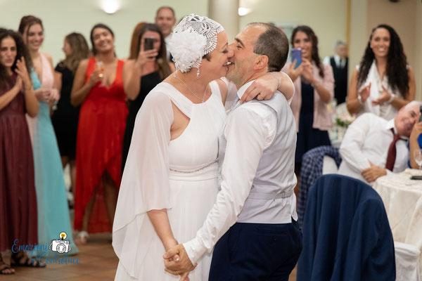 Ricevimento: fotografie durante il ballo
