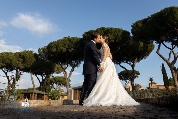 Luigi e Costanza: gli sposi al roseto comunale di Roma
