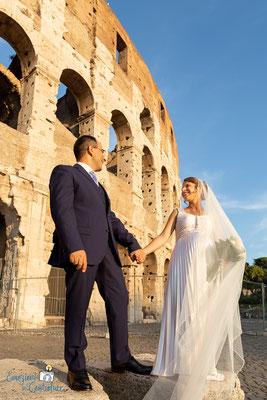 Claudio e Annamaria - fotografie di coppia: ritratto al colosseo