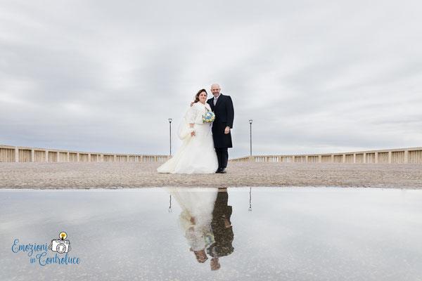 Gli sposi dopo il matrimonio, Ostia