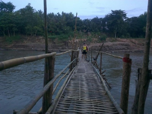 ....wie die Strassen so die Brücken......