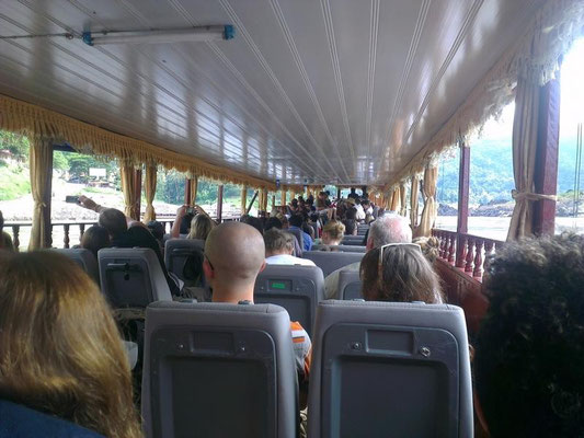 ...mit alles Verwerten meine ich auch das hier...alte Bussitze im Longtailboot.....