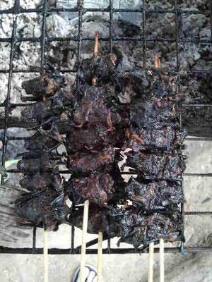 ...grillierten Fledermäusen