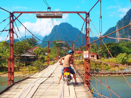 ...uber gut gebaute Brücken....aber es gibt auch....