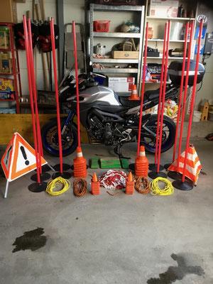 Diverses Material für den Motorradkurs