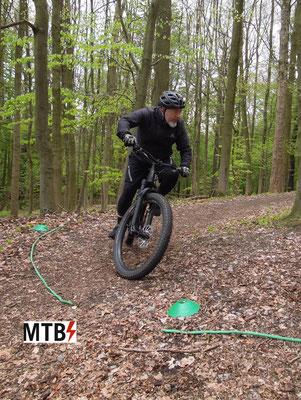 eMTB Fahrtechnik Training