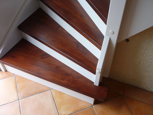 """Holztreppe an und auf Beton """"Jork"""" (3) - Foto: Käppler BauTischlerei"""