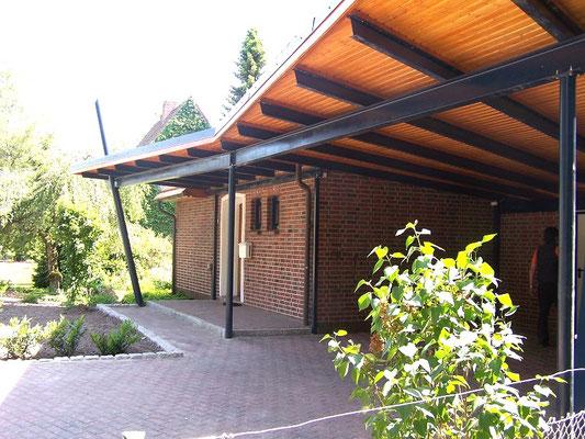 "Carport mit Stahlkonstruktion, ""Stade - Hagen"" (1) - Foto: KÄPPLER BauTischlerei"