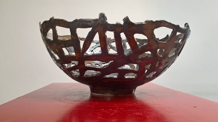 Schale, ca. 11cm hoch, Durchmesser ca. 22 cm