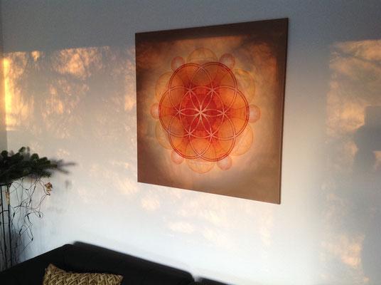 """Lebendiges Mandala aus der Serie """"Lebendiges Geld no 4"""" für zuhause, Textildruck, Format 85 x 85 cm © Susanne Barth, www.aus-liebe-im-leben.de"""
