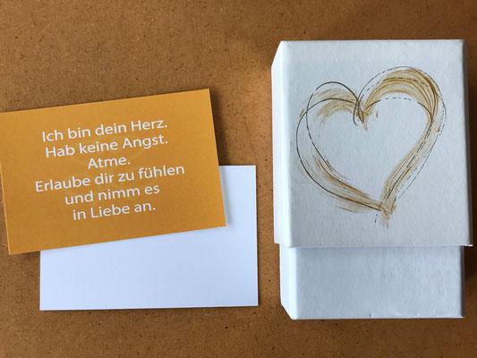 Ich bin dein Herz - Therapie-Karten-Set  zur Selbstgestaltung. Texte, Packungsgestaltung, Produktausstattung © Susanne Barth, www.aus-liebe-im-leben.de