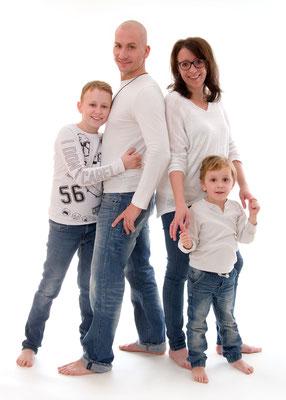 Familienfoto im Fotostudio in Teltow