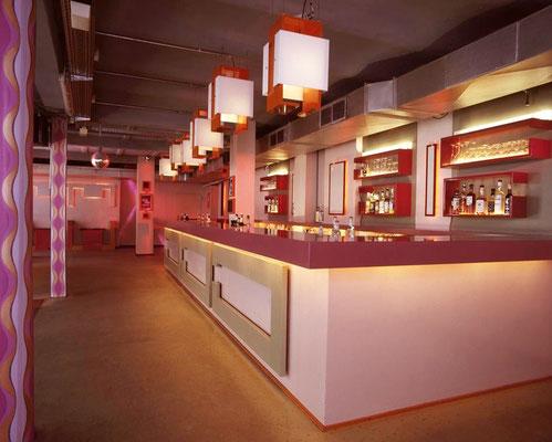 Möbelbau und Raumgestaltung Rubin Club