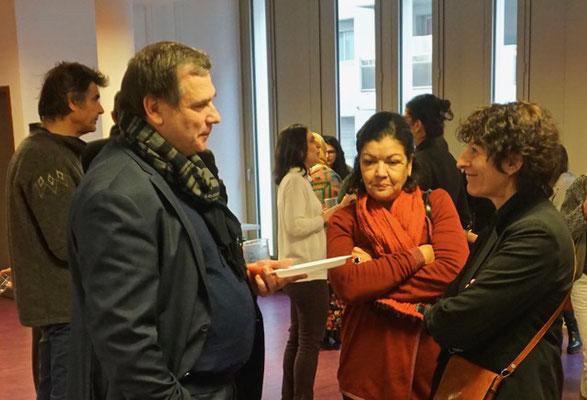 André Soutrenon, directeur de l'édition Chronique Sociale, Lyon avec Saïda Charfeddine, représentante de l'édition Sud Editions Tunis et Françoise Coupat