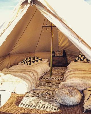 campement éphémère désert