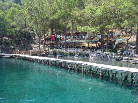 Restaurant-steg in der Türkei. Einfach mal machen.