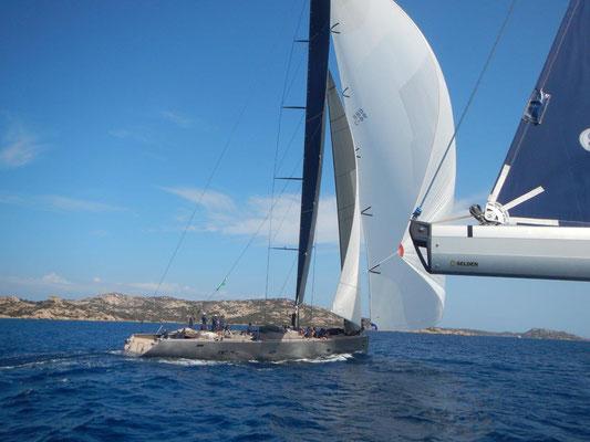 Segelreise von Sardinien nach Korsika ist es nicht weit.