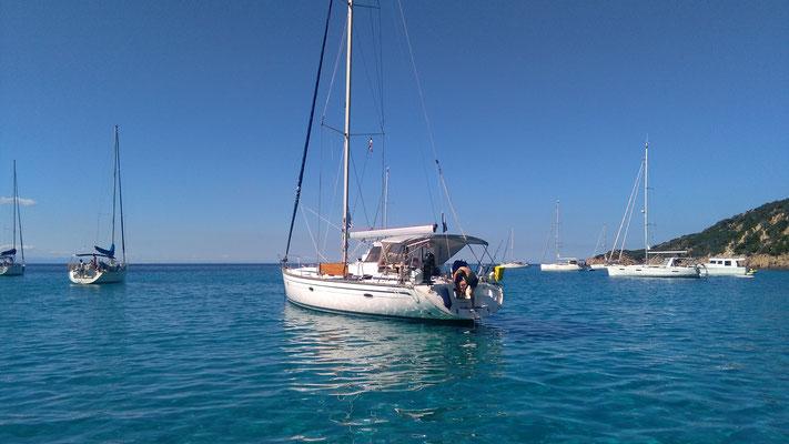 Segeltoern mitmachen Korsika Sardinien Badeurlaub auf einer Segelyacht