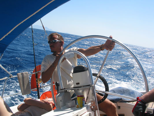 young Skipper: Reffen ist für Weicherer. Ist die Yacht luvgierig mußte halt arbeiten ...