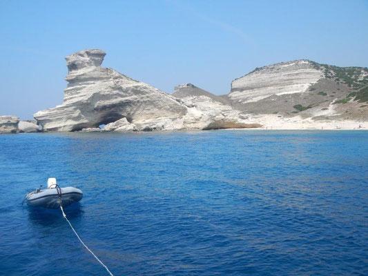 Kreidefelsen vor Bonifacio Korsika unter Segeln erleben