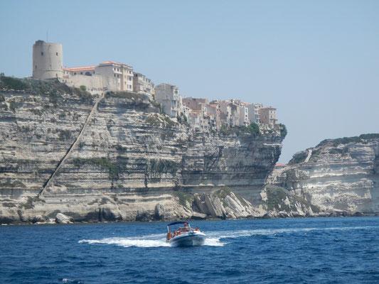 segeln Korsika in der Straße von Bonifacio