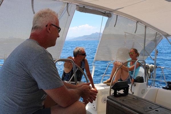 Andreas, Anna und das Skipperpaar paßt, Läuft :-)